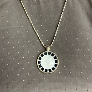 Viewmaster Charm Necklace Silver